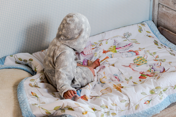 blanket story (11 of 23)