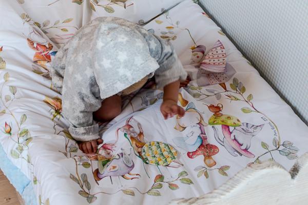 blanket story (12 of 23)